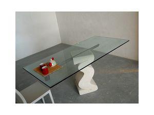 Flex tab, Table avec base en pierre taillée et plateau en verre
