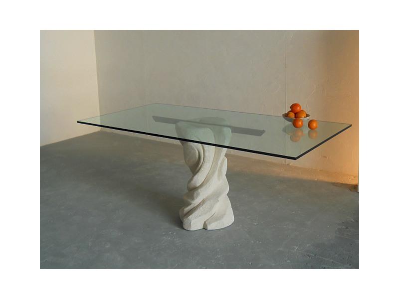 Mezzaluna, Table rectangulaire avec une base en pierre, plateau en verre