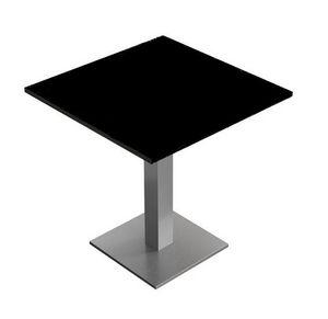 Caio, Tables pour les bars et restaurants, disponible en deux hauteurs, avec des sommets personnalisables en forme et finitions