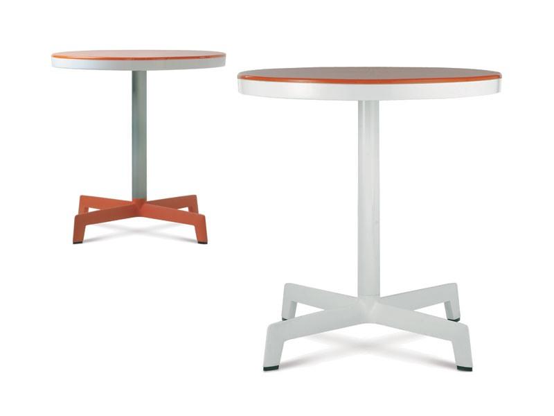 Sputnik, Tables en plein air pour les bars, les jardins et les piscines