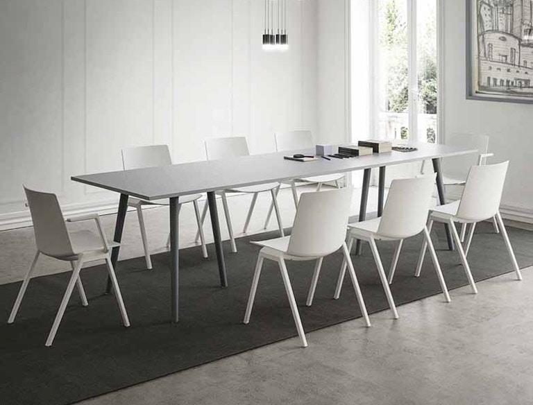 Agile, Table rectangulaire en stratifié