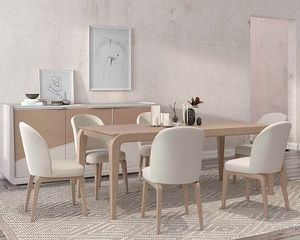Desi, Table en bois élégante
