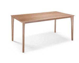 E17, Table avec dessus en lattes de bois