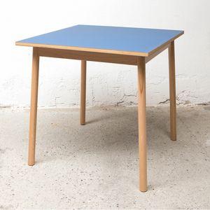 Table BOLZ 80x80 cm, Table carrée au prix de sortie