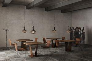 Ala Junior A, Table carrée avec plateau en bois massif