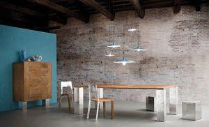 Noa table, Table avec plateau en teck ou chêne