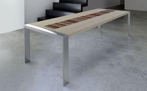 PEGASO 2.5 BC–ACERO FRISEE, Table rectangulaire, cadre en acier brossé, érable Frisee top