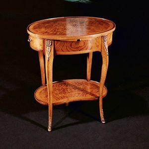 Art. 118/N  Ambulante, Table d'appoint classique de style Louis XV