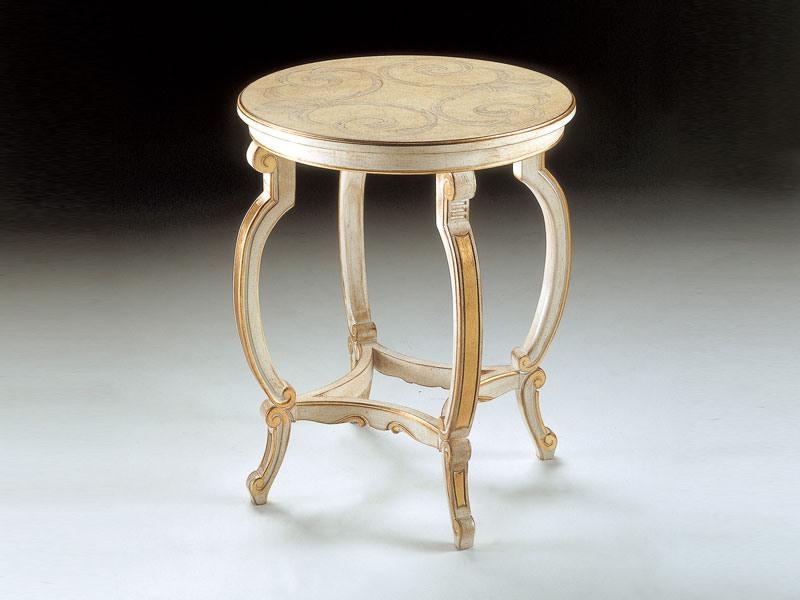 Art. 1369, Table avec un décor exquis, pour une suite de luxe classique