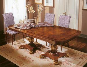 Art. 424/B, Table de luxe extensible avec des décorations précieuses, sculptées à la main