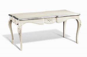 Art. 732, Table classique rectangulaire, avec pieds sinueux