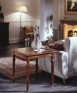 D 501, Table basse carrée en merisier, inlay floral, classique