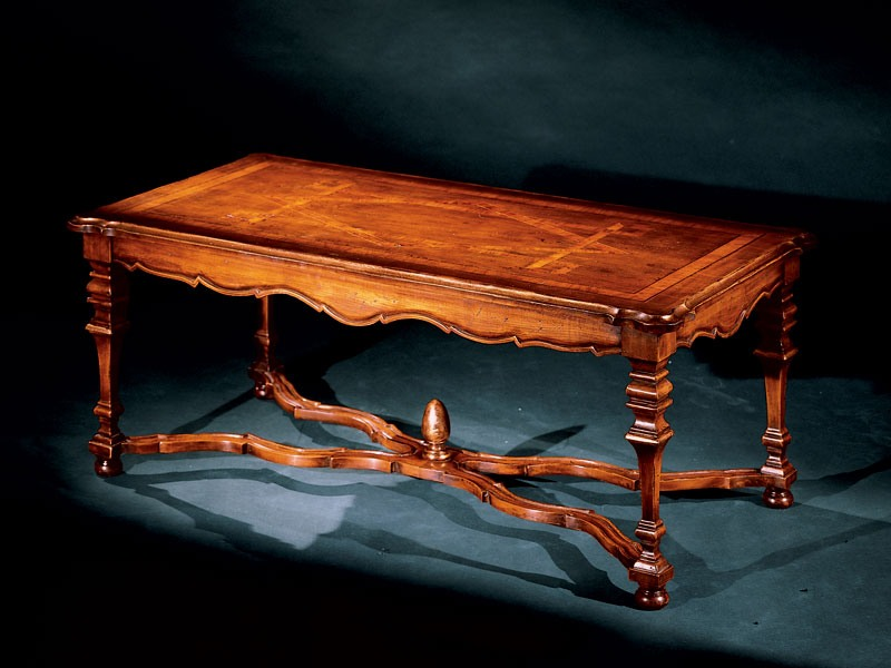 Elena coffee table 762, Petite table avec incrustations de main