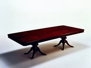 Wilde, Table rectangulaire classique, plaqué en loupe de myrte