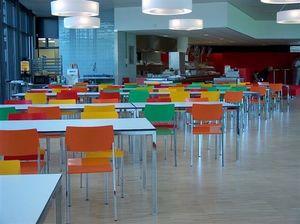 Ernesto Ice Restaurant, Tables personnalisables au millimètre, appropriés pour les cantines