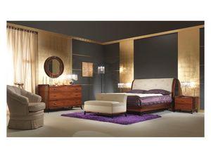 Art. 509 Bedside Table, Table de chevet en bois de rose, pour une chambre classique