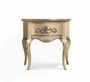 Art. 767, Table de chevet classique, fabriquée à la main sculpté, en bois