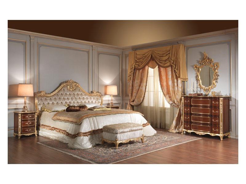 Art. 951 Bedside Table, Les tables de chevet en merisier, détails de feuilles d'argent, pour des chambres d'hôtel