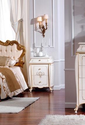 OLIMPIA B / Ivoire nightstand laqué, Table de chevet en bois massif, finitions de luxe