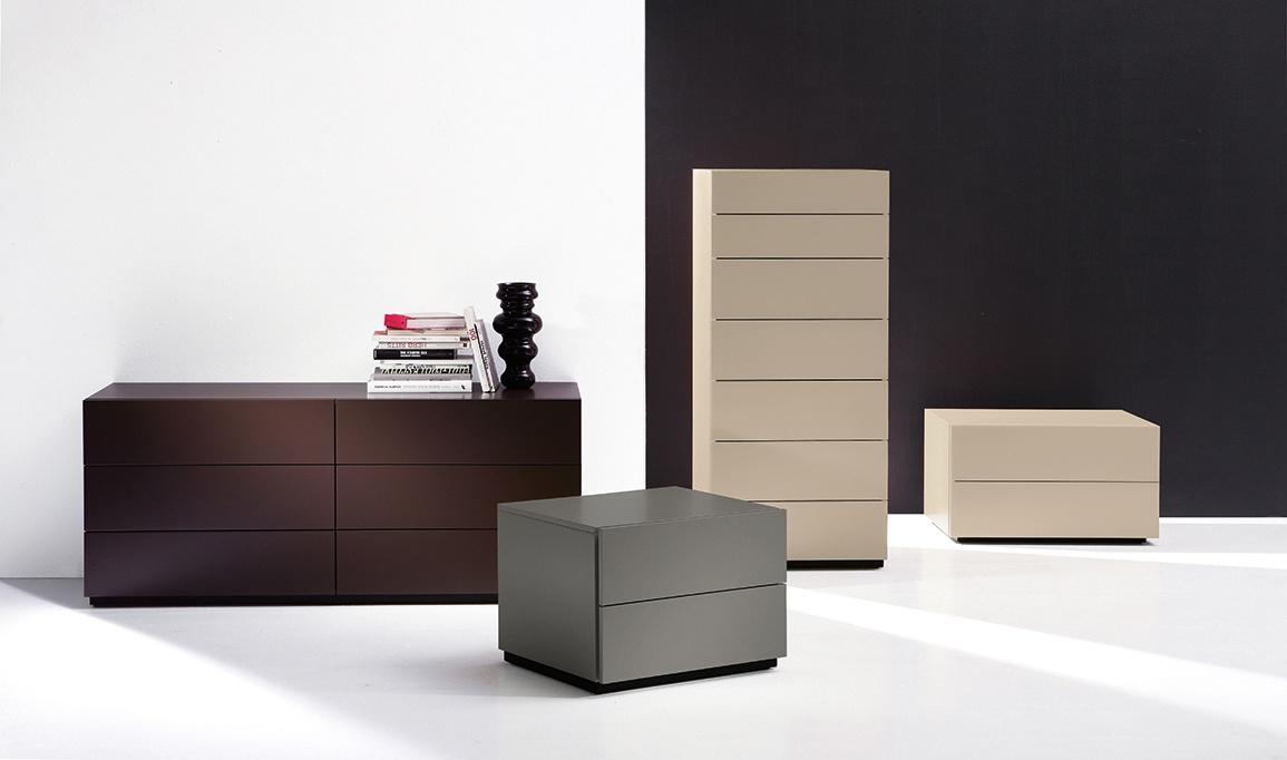 HARU nightstand, Armoires à tiroirs avec un style essentiel