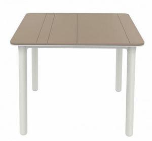 Nat, Table d'extérieur carrée, pour restaurants et hôtels