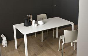 Thin-k, Table extensible avec dessus en aluminium et trou de câble