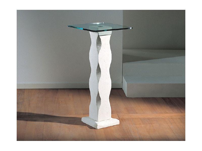 Matisse, Table avec pilier en pierre et verre