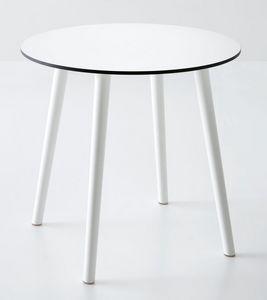 Stefano, Table ronde en plastique, par externe