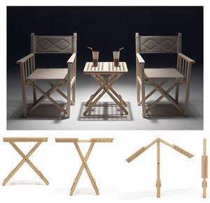 Fifty - Fifty, Tables pliantes peu encombrantes, en bois de hêtre