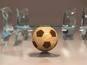 Mundial, Table basse ronde avec base en bois en forme de ballon, plateau en verre