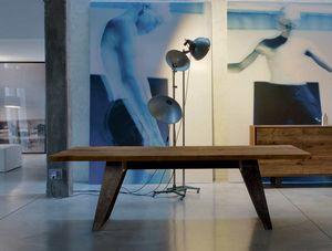 B-187, Table avec plateau en bois massif