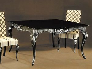 Ester table, Table élégante en bois laqué noir