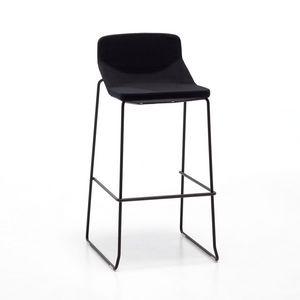 Formula80 stool h75 h65 fabric, Tabouret en métal, avec un design simple, siège rembourré