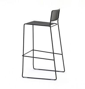 Log mesh ST, Tabouret en métal avec un design linéaire, adapté pour une utilisation en extérieur, empilable