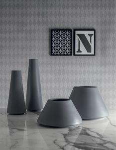 GRUPPO VULCANO, Vases en céramique