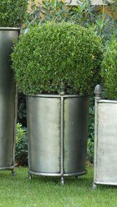 PIGNE GF4014, Vase en fer à décor de pommes de pin