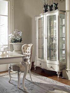 Carpi vitrine, Vitrine sculpt�e avec finition blanche et argent�e