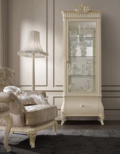 Florentia vitrine, Vitrine du salon classique