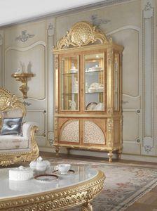 Lariana vitrine, Fenêtre de style classique avec incrustations de nacre