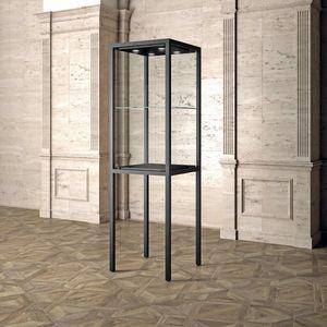 Museum MU/60F, Vitrine de musée, au design minimaliste