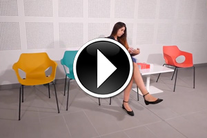 Manta chair and Sibi B table